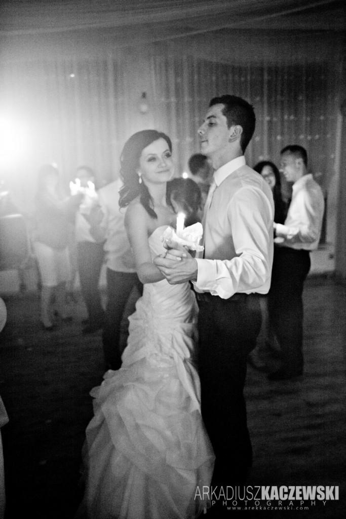 Walc Świetlisty na weselu Kasi i Adriana