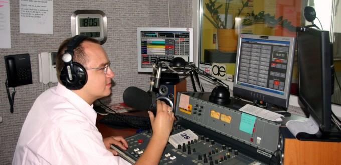 dj radiowy